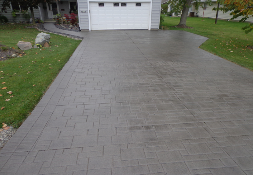 Photo of a stamped and stained driveway in Mason, Michigan