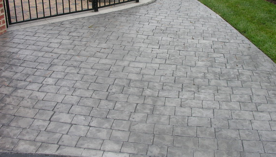 Cobblestone stamped concrete driveway in East Lansing, Michigan.